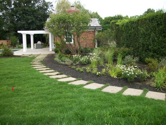 Elegant Hamptons Landscape Design